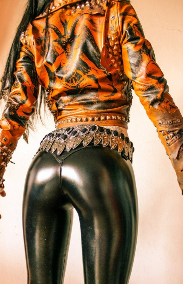 Wallpaper Girl Beautiful Cute Toxic Visions Metal Or Nothin Visi 243 N T 243 Xica Moda Ropa