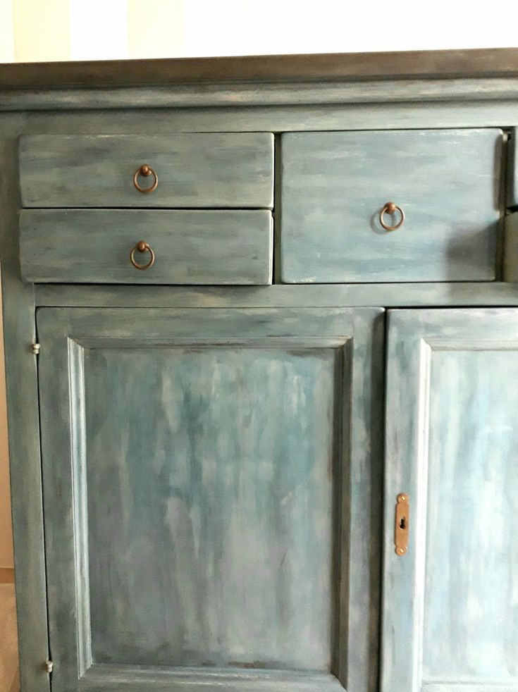 Mix of chalk paint colors