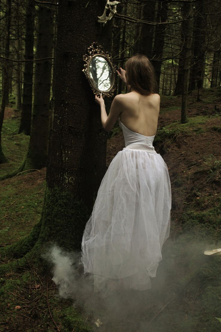 "♬""If you should catch a fairy and place it in a jar, be sure to treat it kindly and do not take it far""♬."