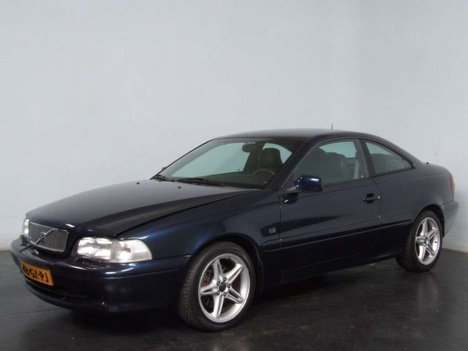 volvo c70 t5- loving hubby's new car, might have to steal it again soon!