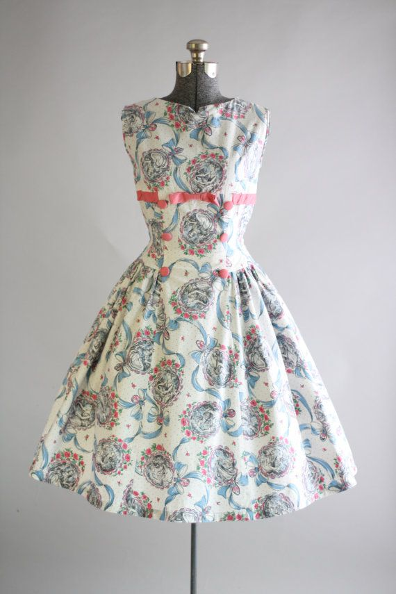 Vintage 1950s Dress / 50s Cotton Dress / Pink Girly Novelty Print Dress w/ Shelf Bust S