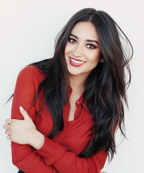 Best 25 Shay Mitchell Ideas On Pinterest Shay Mitchell Model Shay Mitchell Body And Shay