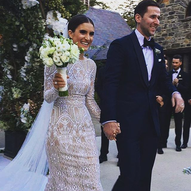 Mazel Tov to the new Mr. & Mrs. Burns! #LANAandJUSTIN #wedding #bluehillatstonebarns #bluehill