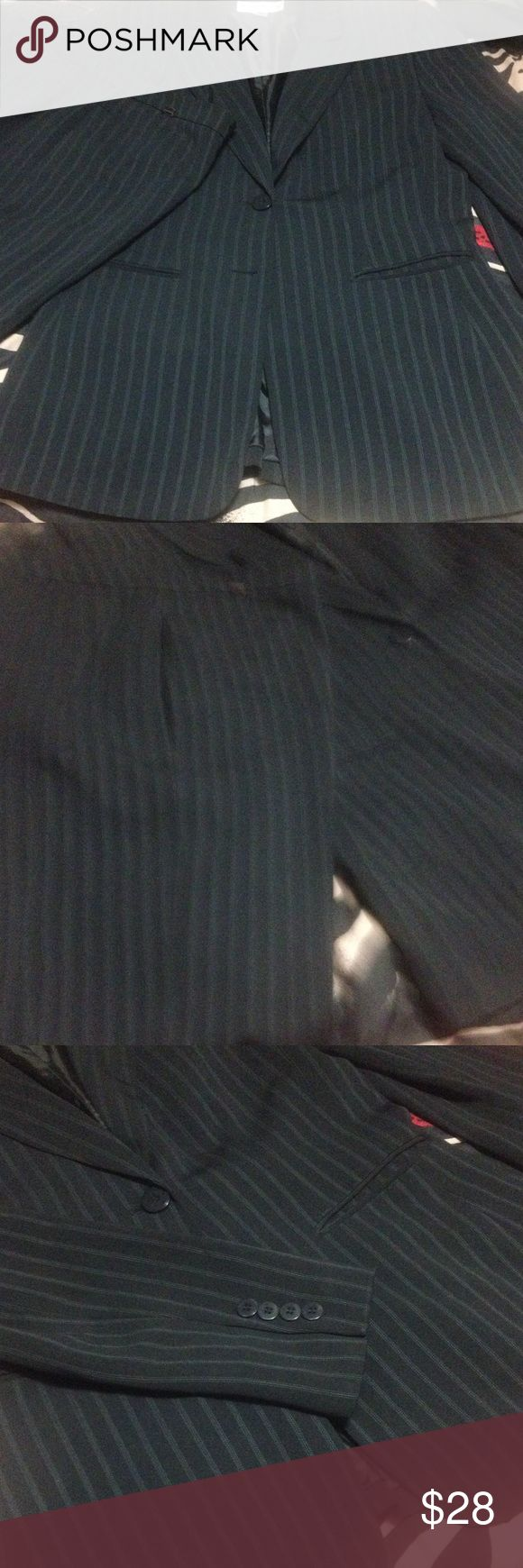 John Meyer of Norwich pant suit sz 6 This is a very nice navy pinstriped suit sz 6 in gentle lived condition. Pants and jacket are both fully lined. The shell is polyester, lining is acetate and nylon. Pants have hidden 2 button front across the top and zip front. One button missing off front of suit. Price has been adjusted to reflect that. I have other suits listed. Other