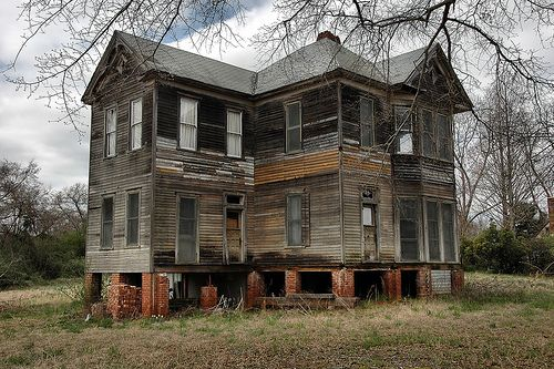 Shiloh GA Harris County Folk Victorian Architecture Old House Spooky Picture Image Photo © Brian Brown Vanishing South Georgia USA 2012