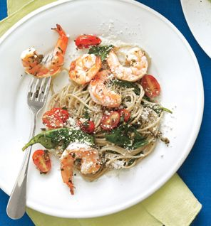 Shrimp Scampi With Pasta, Spinach, Cherry Tomatoes and Olives (low cal-ish)- the hubs is making this for dinner tonight - soooo excited :)