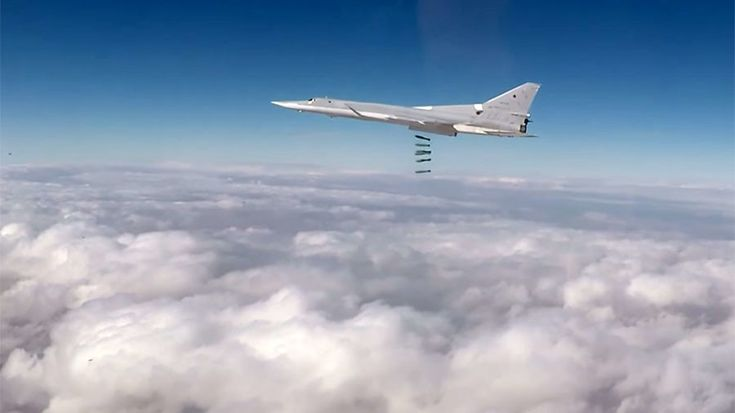 Long-range Tu-22M3 strategic bombers, deployed from Russian bases, have been working non-stop in Syria last week.