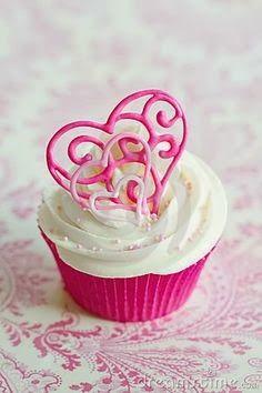 Popular Pinterest: Valentine's day cupcake
