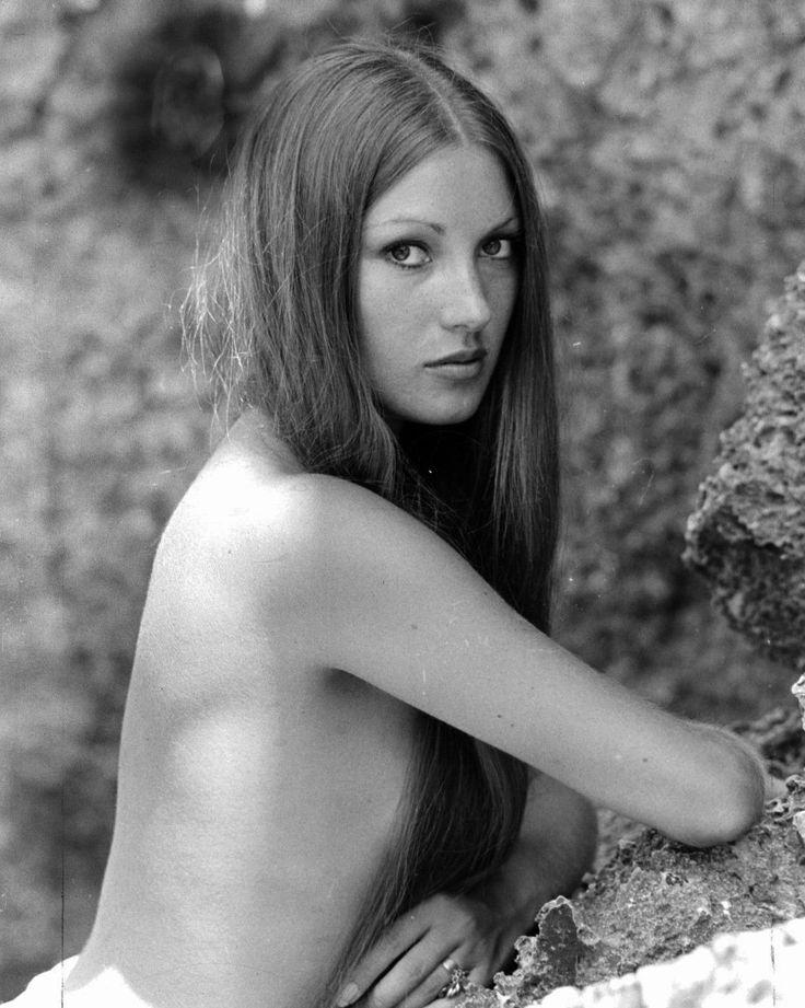 Jane Seymor Nude 64