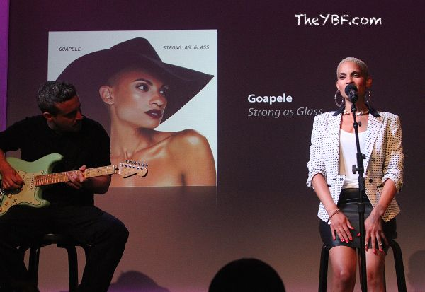MUSIC CHICKS: Rihanna Hits The Studio, Erykah Badu Takes Over Taste Of Chicago + Goapele Sings For APPLE | The Young, Black, and Fabulous