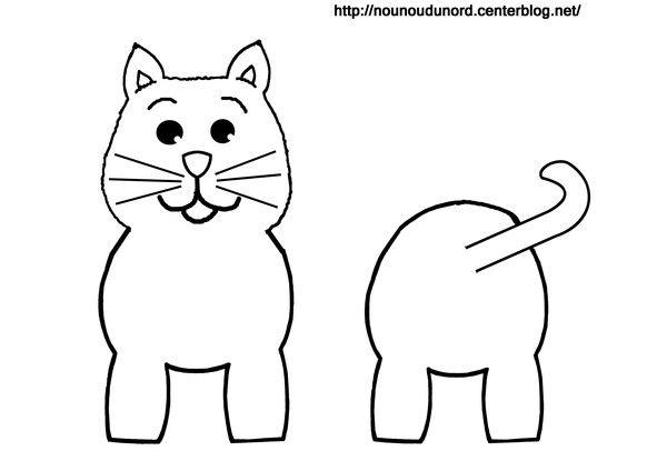 Zbarvení kočka role toaletního papíru