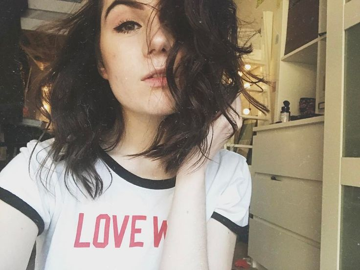 pinterest: @ashlin1025 my names dodie and I considered getting a perm but am terrified of it going wrong and me looking…