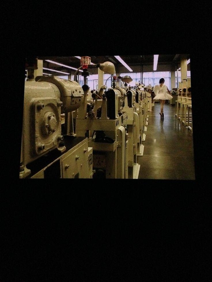 Cao Fei - 'Whose Utopia' 2006 Fabriek Osram lampen. Reality - Fairytale - My future is not a dream