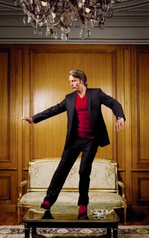 Dancing Hannibal is so graceful. I want to see a Mads Mikkelsen/Martin Freeman dance-off.