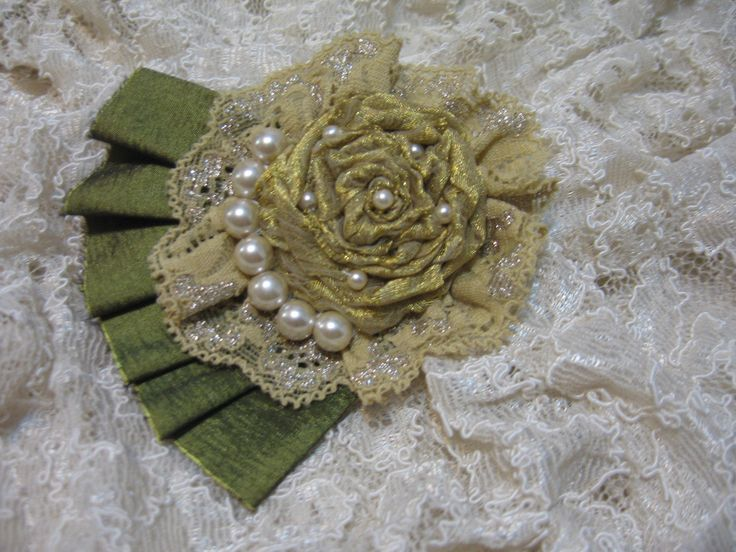 Satin Fabric Flower Brooch Sophisticated Womens Pin with Pearls