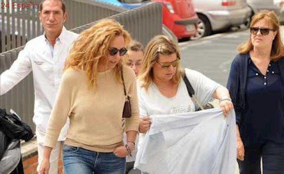 Rocio Carrasco, visita a Maria Teresa Campos en el hospital