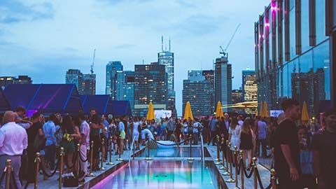 7 TORONTO BARS WITH A VIEW