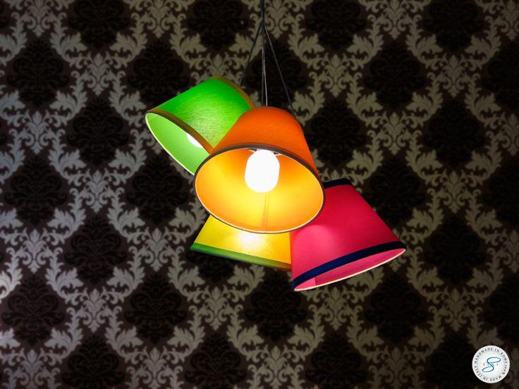Quattro #paralumi da #soffitto per illuminare ed arredare con vivacità.
