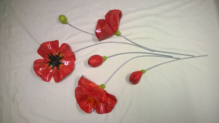 Poppys wall art by Emmi