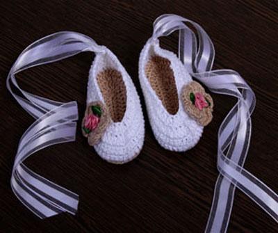 Sapatinho de Crochet Feminino Modelo Bailarina
