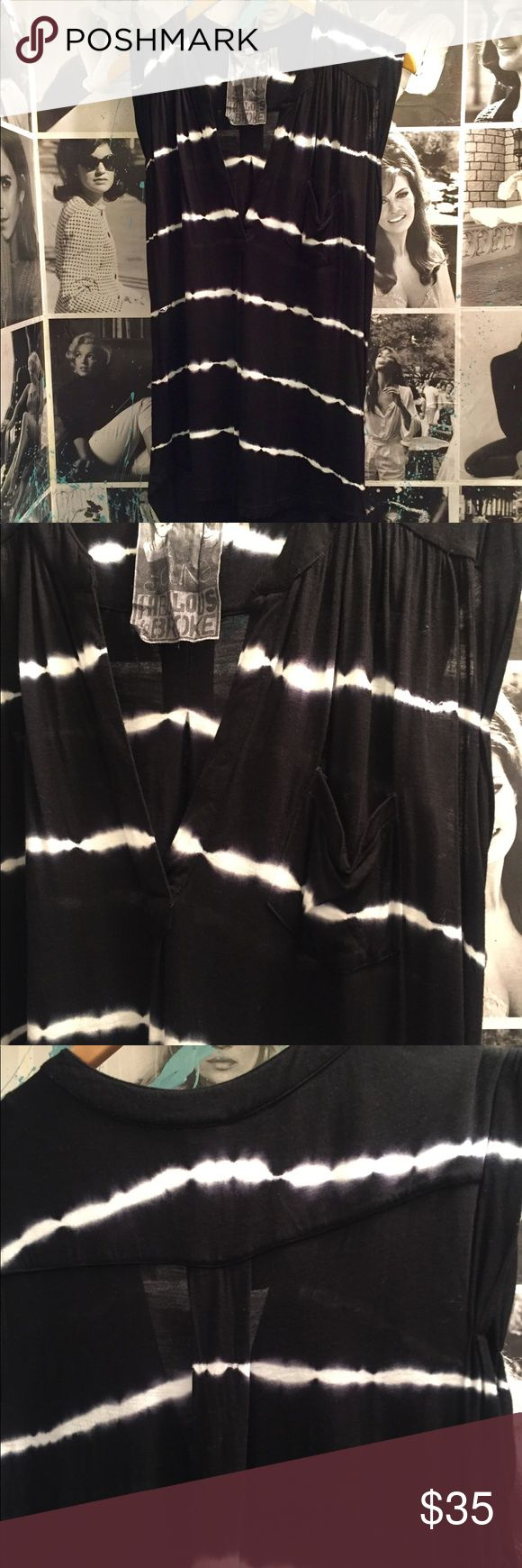 Young, Fabulous and Broke Soft Tie Dye v neck tank Super soft tank from Young, Fabulous and Broke. V neck front, sleeveless, black and white tie dye print, slightly longer in the back Young Fabulous & Broke Tops Blouses