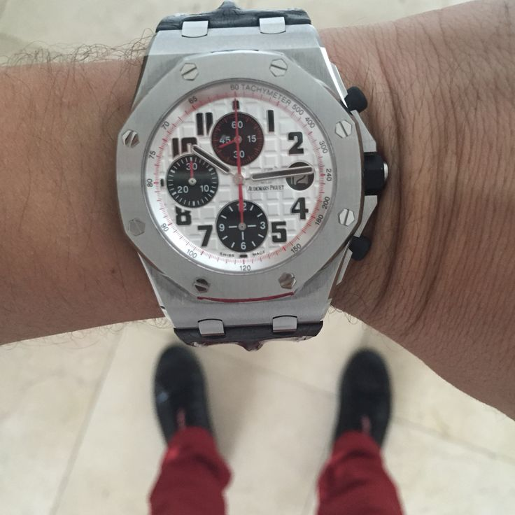 Preowned like new, super mint Audemars Piguet Panda  an Iconic Watch from AP. Contact us on any timepiece you see in our social media    #thetimeshoppers #audemarspiguet #ap #royaloakoffshore #love #boss #panda #lovewatches #watchoftheday #watches #luxurywatches #watchporn #gold #womw #wruw #limited #luxury #style #stylish #saudi #geneva #miami #sport #classic #watchesofinstagram #cars #mensfashion #beautiful