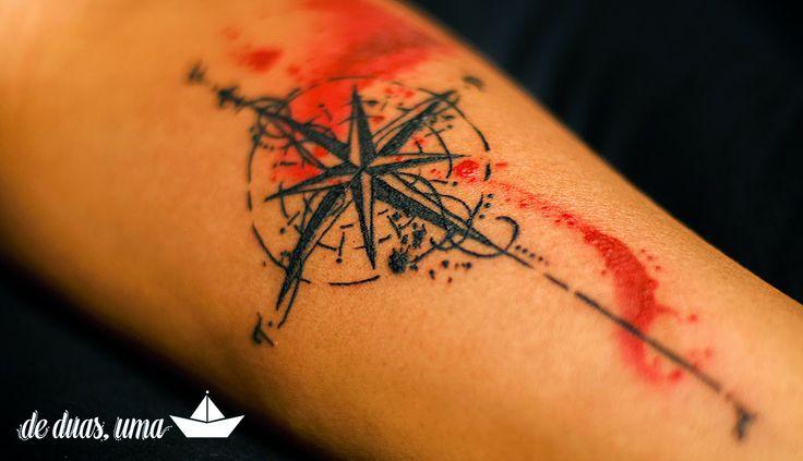 Tattoo Rosa dos Ventos Aquarela - Desenho: de duas, uma   Tattoo e Aquarela: Victor Octaviano ♥ - www.deduasuma.com - Compass Watercolor Tattoo
