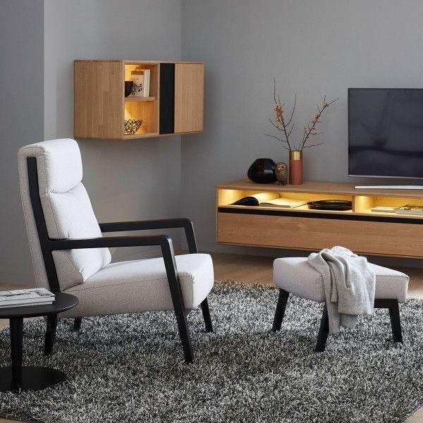 Jenson Eine Hohe Ruckenpartie Und Eine Leicht Nach Hinten Abfallende Sitzflache Sorgen Fur Hochste Wohnzimmer Modern Zuhause Und Schoner Wohnen