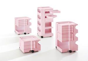 Mobili rosa e accessori total pink per arredare casa con personalità