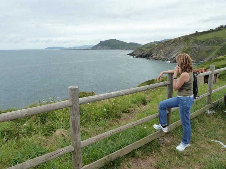 Paseo  Pobeña   Vizcaya   Basque Country