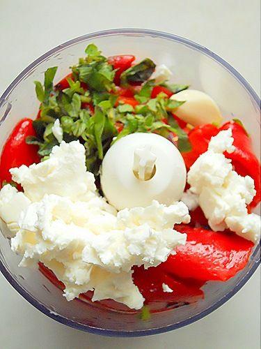 Dip με πιπεριές φλωρίνης και φέτα