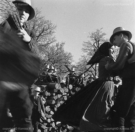 Children's dance (1967)
