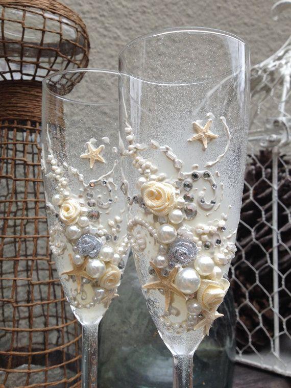 Stelle marine e Rose sposa bicchieri di champagne, elegante spiaggia matrimonio brindando flauti in avorio con cristalli argento, idea regalo nuziale doccia