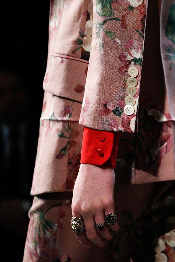 Gucci Fall 15 Look Detail
