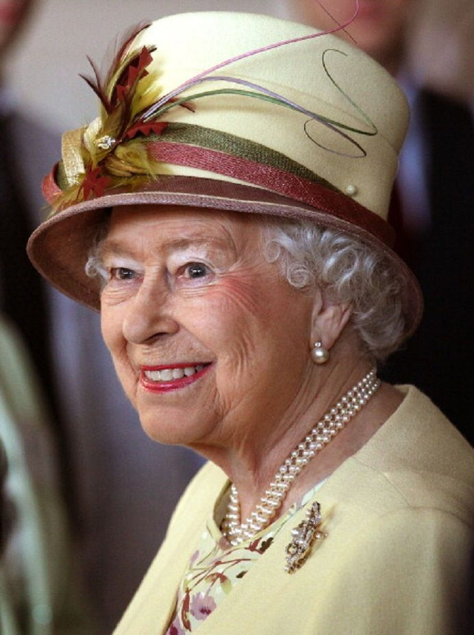 Queen Elizabeth II is lovely in yellow on a visit to Emirates Arena and Sir Chris Hoy Velodrome in Glasgow as she viewed venues for the upcoming Commonwealth Games