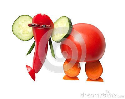 Смешной слон сделанный свежих овощей