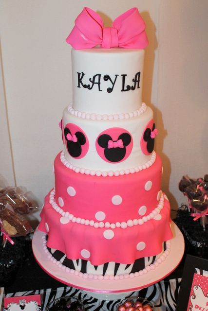 love this cakeMouse Birthday, Zebras Minnie, Pink Zebras, Birthday Parties, Minnie Mouse, Parties Ideas, Birthday Cake, Mouse Parties, Birthday Ideas