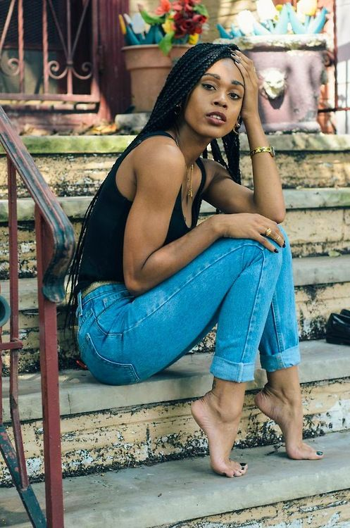 blackfashion:  Model - KendellPhotog - Quan BrinsonAge - 20Location - Newark, NJSubmitted by : The Talented Tenth Top - Forever21Pants - Vintage Levi