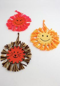 Caron International | Free Project | Kids' Craft - Sunshine Wall Hanging