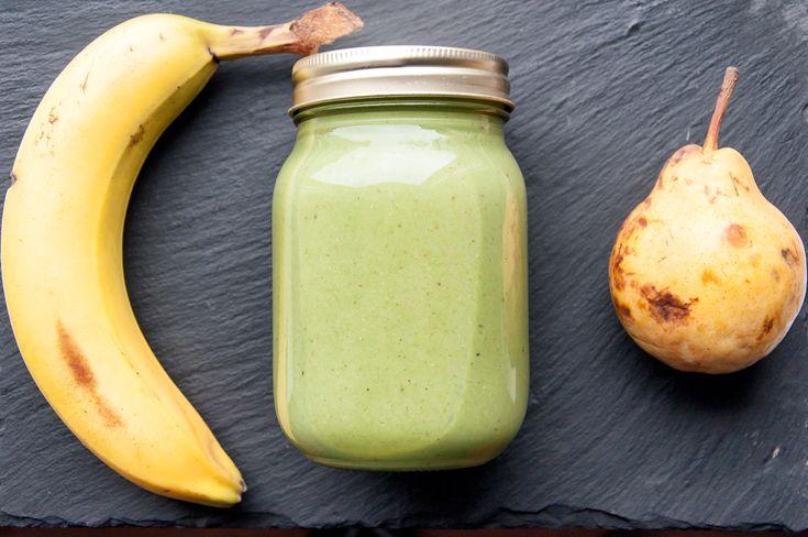 Σμουθι αχλαδι βανιλια + Matcha Ninja. The original recipe @ thesauchalife.com #Energy#Smoothies#Wellbeing