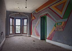 Taunton State Hospital: But I Still Have Photographs