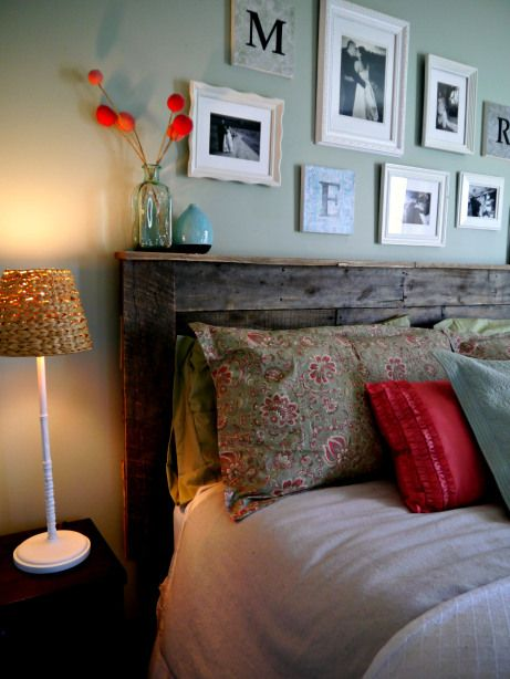 Pallet Headboard...love this! Definitely making a wood headboard!