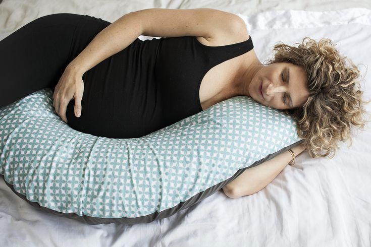 Coussin de positionnement et d'allaitement.  C'est le coussin idéal pour des positions prénatals, des positions d'accouchement.  Très léger et facile à manipuler.  Ce coussin est parfait pour vous aider pendant l'allaitement. Coussin à usage multiple. Po