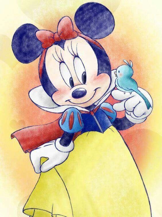 So cute, Minnie snow white