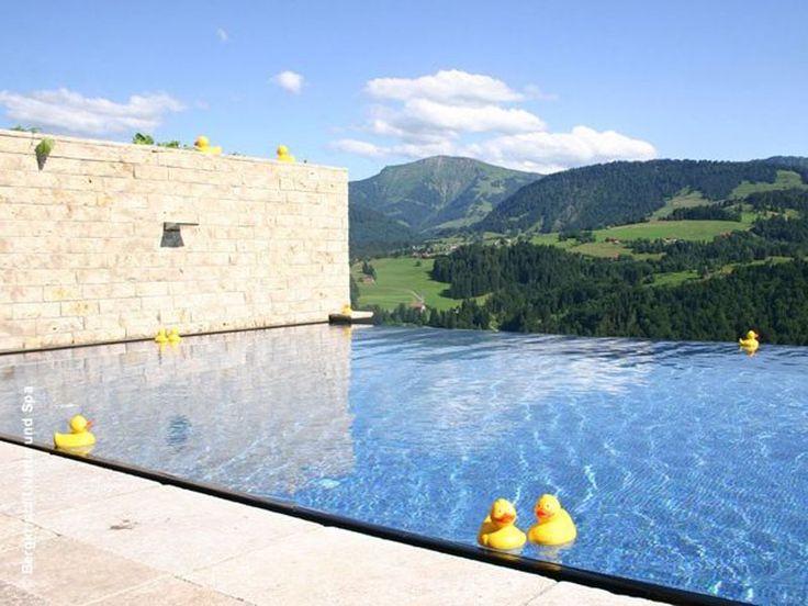 Gewinne mit Luxuszeit einen Luxusaufenthalt im 4-Sterne-Superior-Hotel Bergkristall für 2 Personen!  Du gewinnst 2 Übernachtungen inklusive Geniesserpension mit Frühstück, Mittags-Jause und Geniesser-Menü am Abend.  Gelange hier zum Wettbewerb: http://www.gratis-schweiz.ch/gewinne-wellnesstage-im-hotel-bergkristall/  Alle Wettbewerbe: http://www.gratis-schweiz.ch/