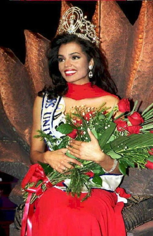 Chelsi Smith Miss Universe 1995