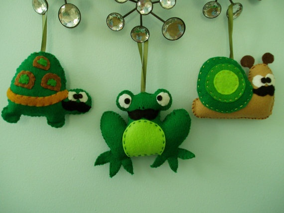 Felt Chistmas Moustache Ornaments, Set of 3 Felt Ornaments, Moustache Frog, Turtle and Snail, Green, Brown. $21.00, via Etsy.