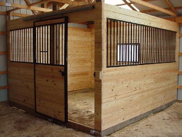 Bygga stall d 39 equine stables pinterest h ststall for Horse barn materials