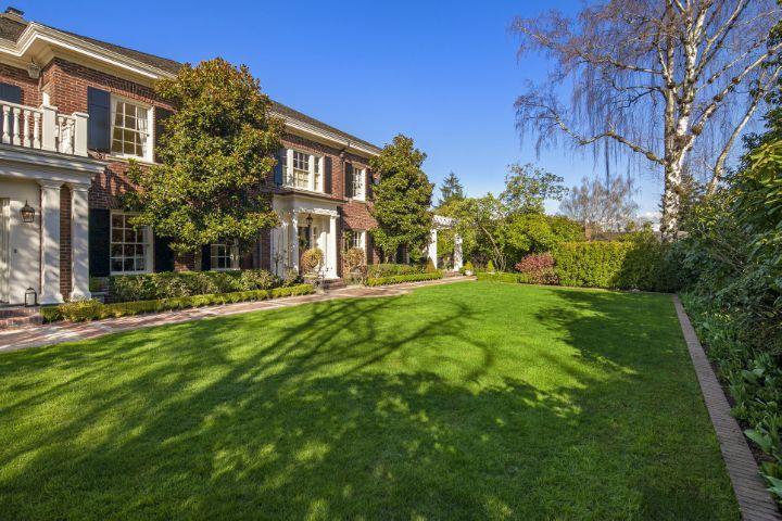 Le jardin de la prestigieuse maison de Orin Smith, ex CEO de Starbucks, à nouveau en vente à Seattle.
