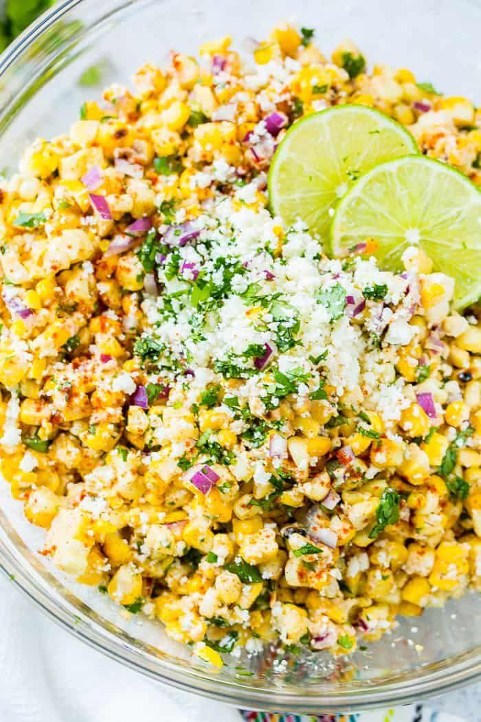 Elote gegrillter mexikanischer Maissalat